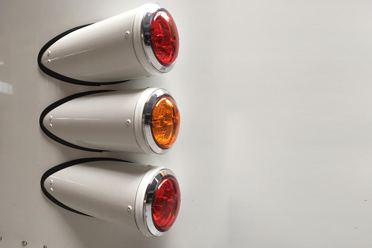 Retroliner weiss Lampen